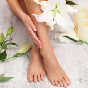Käsien ja jalkojen hoito