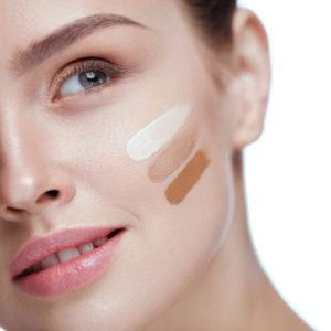 Meikkivoiteet ja meikkipuuterit