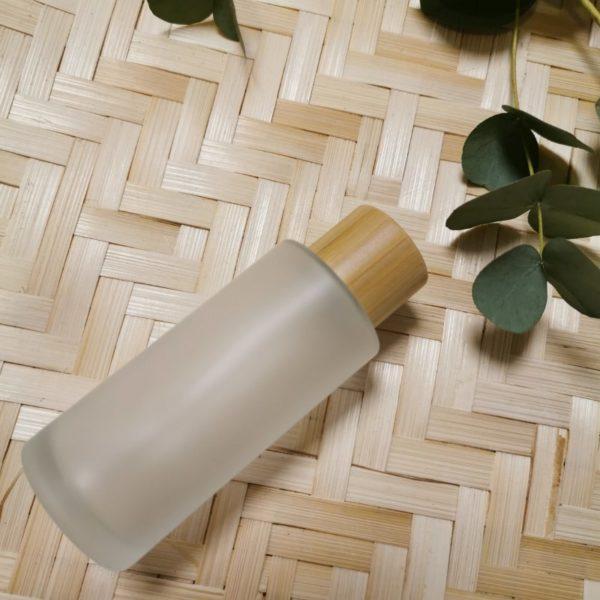 vartaloöljy lasipullo bambukierrekorkilla
